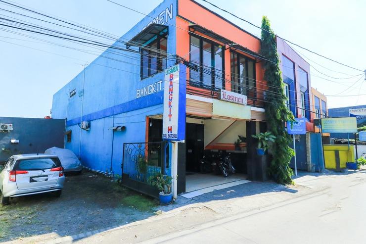 Losmen Bangkit Hidayah Surabaya - hotel