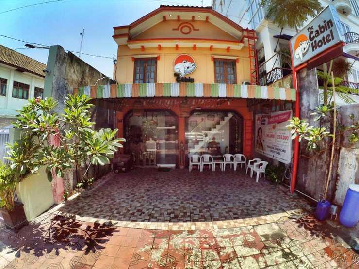 The Cabin Hotel Jogja - depan hotel