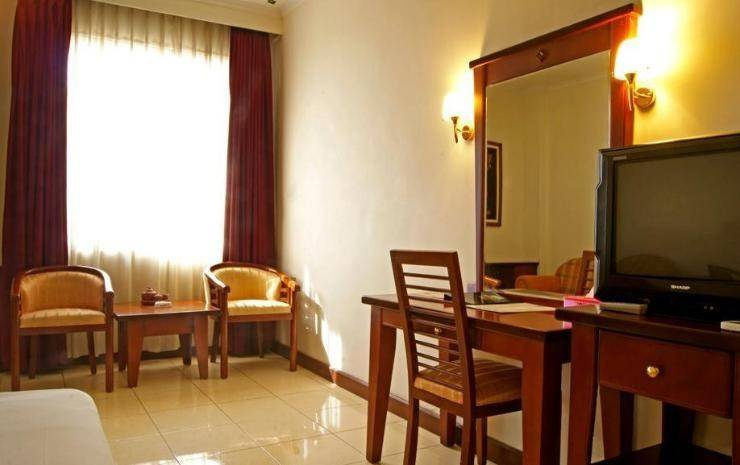 Karlita Hotel Tegal - Kamar Deluxe