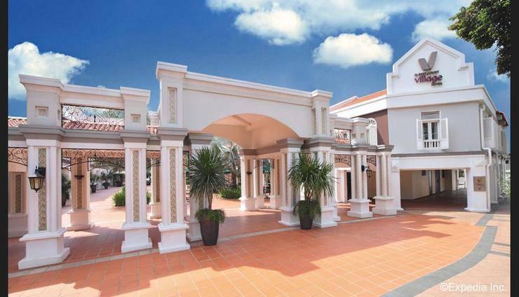 Village Hotel Albert Court - Featured Image