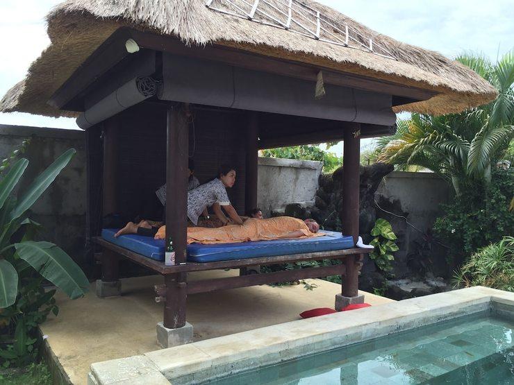 Hill Dance Bali American Hotel Bali - Massage