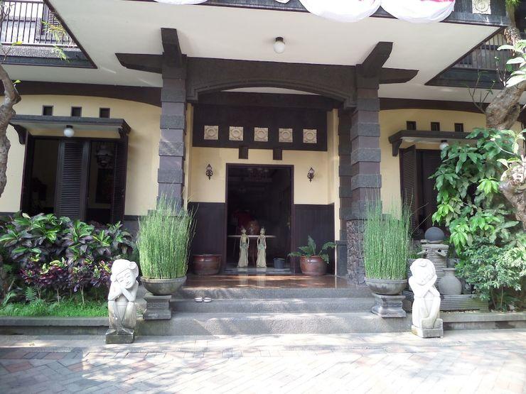 De Clove Guest House Malang - Featured Image