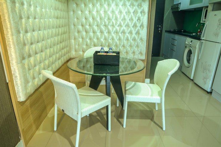 1 Bedroom Tamansari Semanggi By Travelio Bandung - In-Room Dining