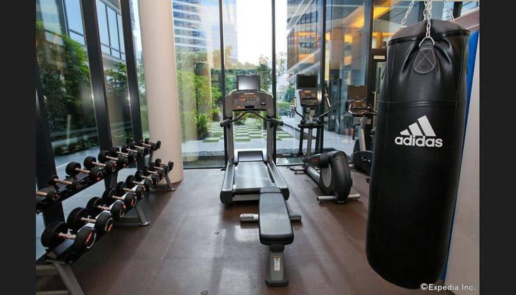 Days Hotel Singapore at Zhongshan Park - Gym