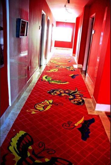 M Boutique Hotel Makassar - Hallway