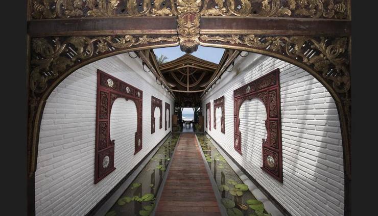 Lotus Bungalows Bali - Interior Entrance