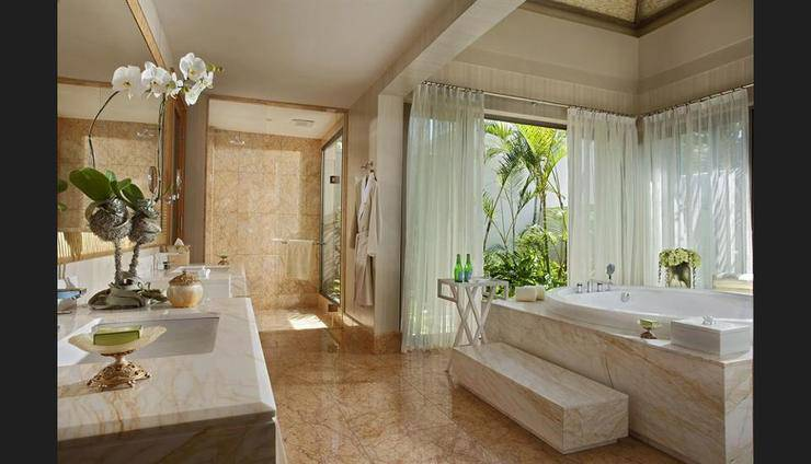 Mulia Villas Bali - Bathroom