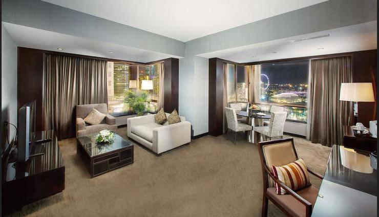 Peninsula Excelsior Hotel Singapore - Living Area
