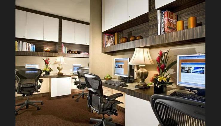 Sheraton Towers Singapore - Business Center