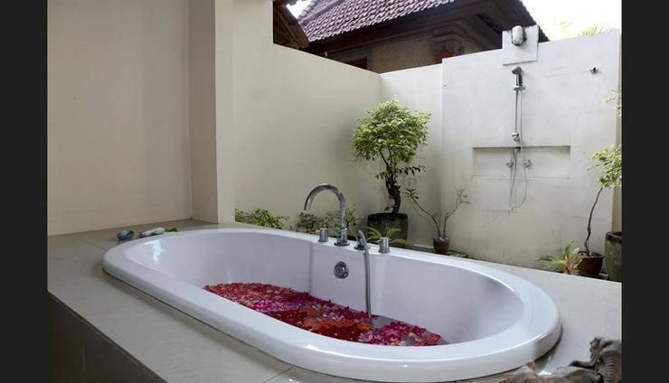 Natah Bale Villas Bali - Bathroom