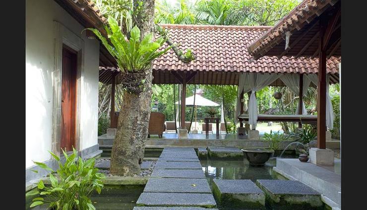 Natah Bale Villas Bali - Property Grounds