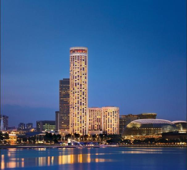 Swissotel The Stamford Singapore - Featured Image