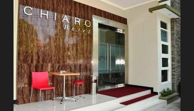 Chiaro Hotel Sidoarjo - Hotel Entrance