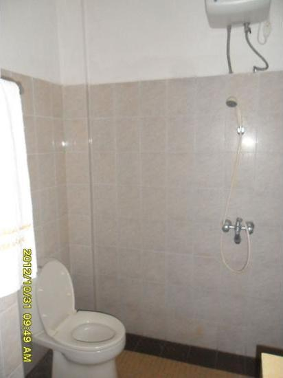 Selorejo Hotel & Resort Malang - Bathroom