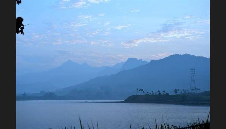 Selorejo Hotel & Resort Malang - Lake View
