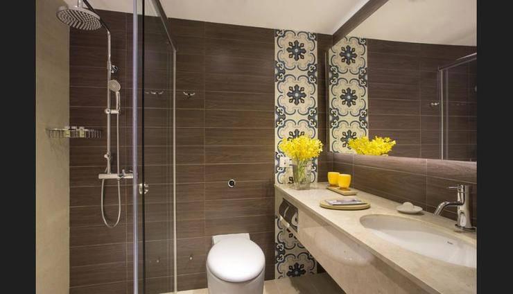 Orchard Parade Hotel Singapore - Bathroom