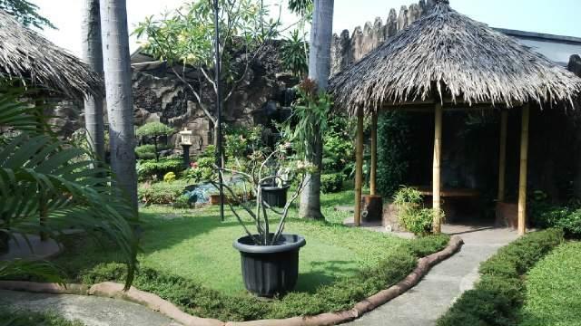 Hotel Mandala Tangerang - Garden