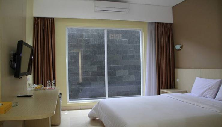 Hotel Mandala Tangerang - Room