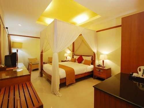 Yulia Beach Inn Bali - Deluxe Double atau Twin