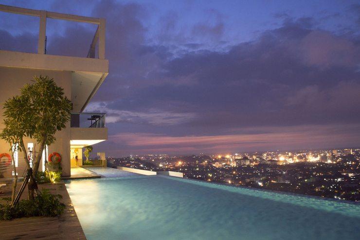 STAR Hotel Semarang - Outdoor Pool