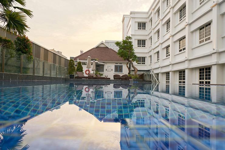Kokoon Hotel Surabaya Surabaya - Kolam Renang