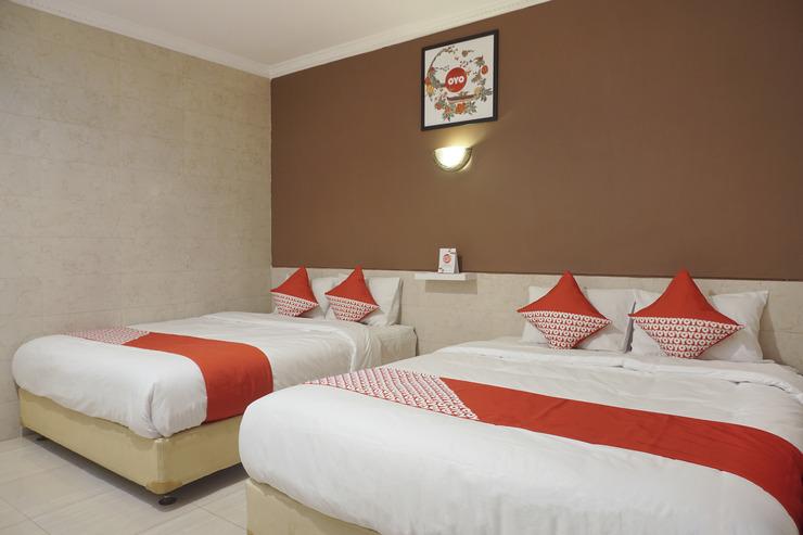 OYO 693 Hotel Safara Yogyakarta - Bedroom