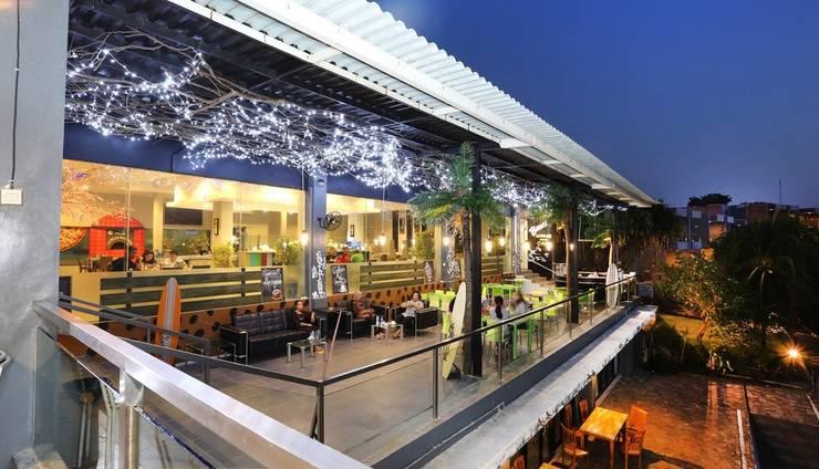 Tanjung Kodok Beach Resort Lamongan - Beach Lounge n Cafe