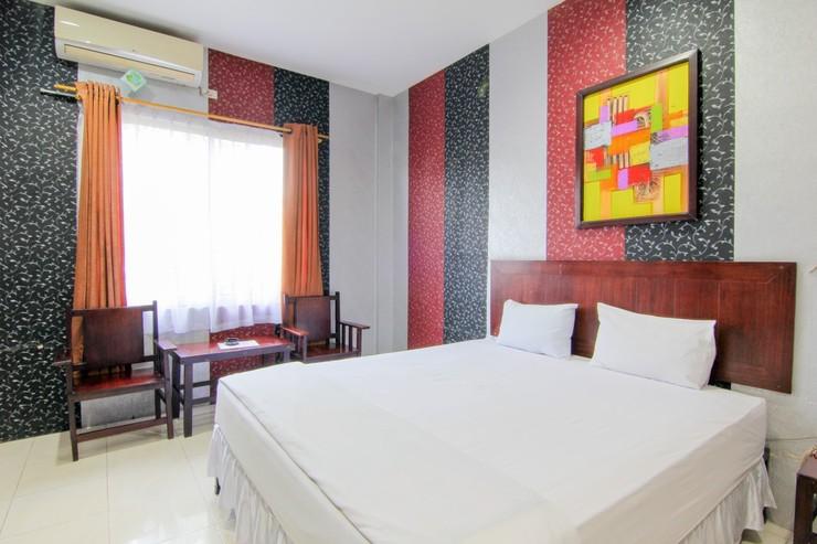 Hotel Sing A Song Danau Toba - Bedroom