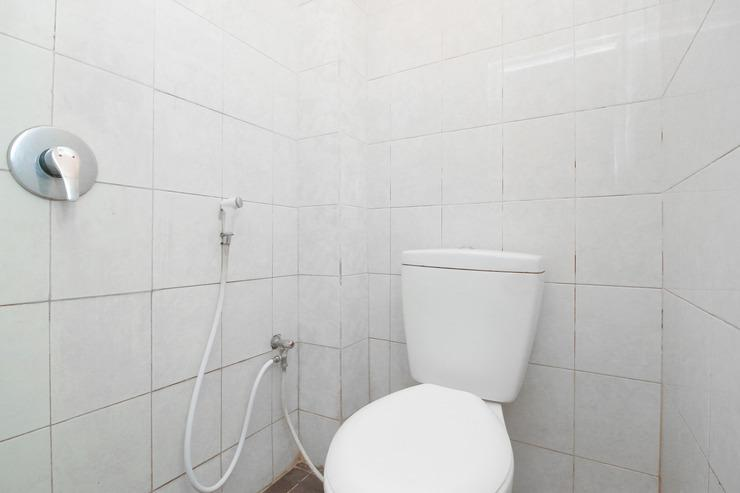 Airy Plaza Mitra Pegadaian 1 Banjarmasin - Bathroom