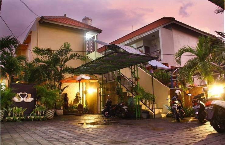 Alamat Review Hotel D'lumbung Suite and Residence - Bali