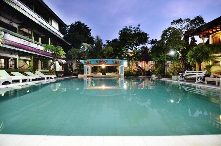 Hotel Prawita Bali - Pool