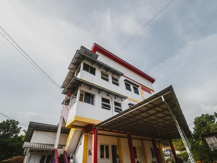 RedDoorz Syariah near BSCC DOME Balikpapan - Exterior