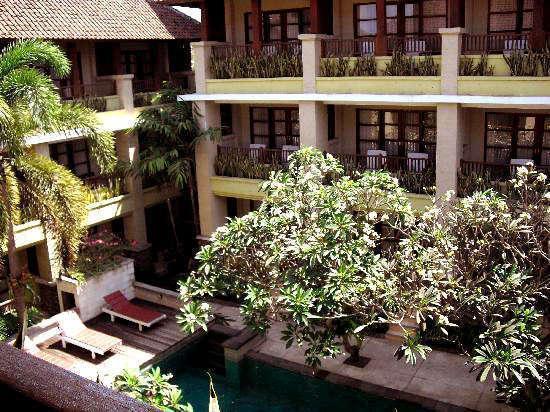Fourteen Roses Beach Hotel Bali -