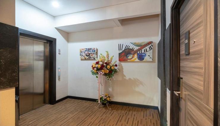 Front One Boutique Karawang Karawang - new interior