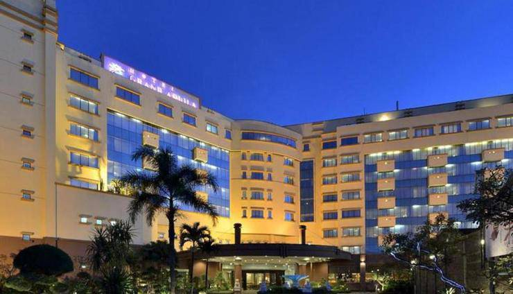 Harga Kamar Hotel Grand Aquila (Bandung)