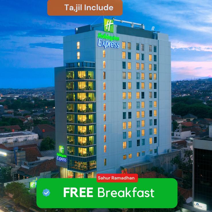 Holiday Inn Express Semarang Simpang Lima, An IHG hotel Semarang - Exterior