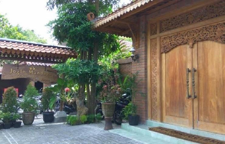Joglo Mandapa Boutique Hotel And Resto Jogja - pintu gerbang