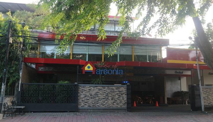 House of Arsonia Orchid   - Tampak depan