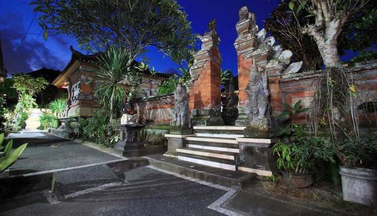 Gusti Putu Oka Guesthouse Bali - Exterior