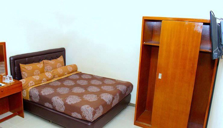 Nova Guest House Syariah Malang - Family Room