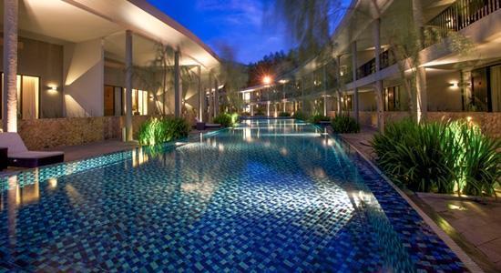 Hotel Neo Green Savana Bogor - Pool