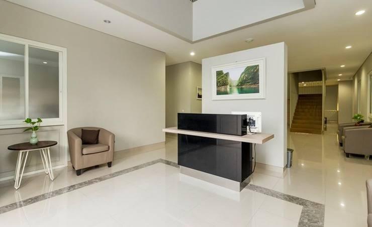Home 2 Senayan -