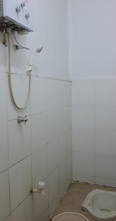Pelangi Hotel Lembang Bandung - Economy Toilet