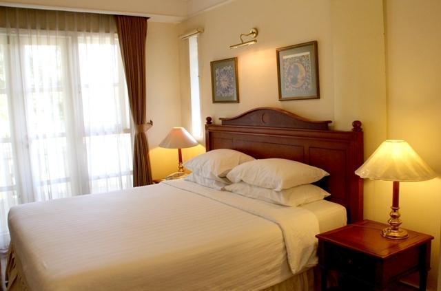 Ciputra Golf Club & Hotel Surabaya - Executive Bedroom
