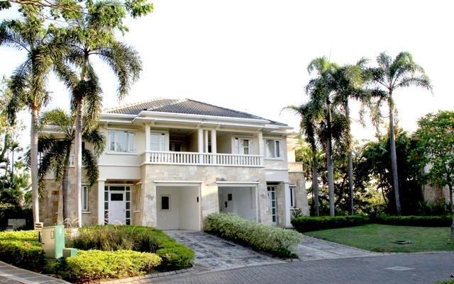 Ciputra Golf Club & Hotel Surabaya - Executive Exterior