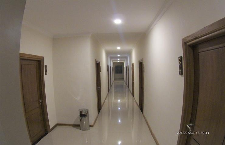 Utama Kost Harian Jember - Corridor