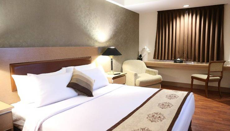Horison Arcadia Mangga Dua Jakarta - Deluxe Double Bed