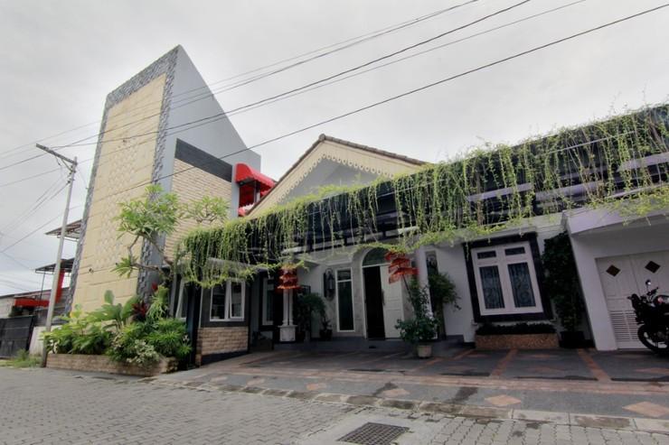 Just Eleven Yogyakarta - Exterior