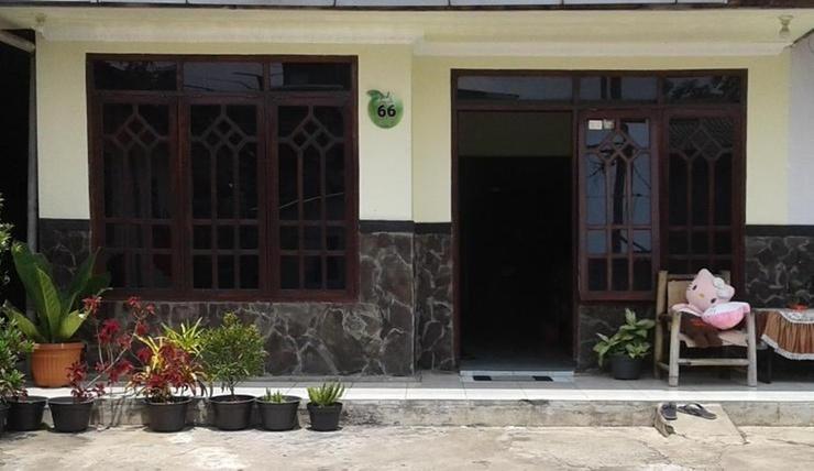 Homestay Adem Ayem Syariah 3 Malang - Exterior
