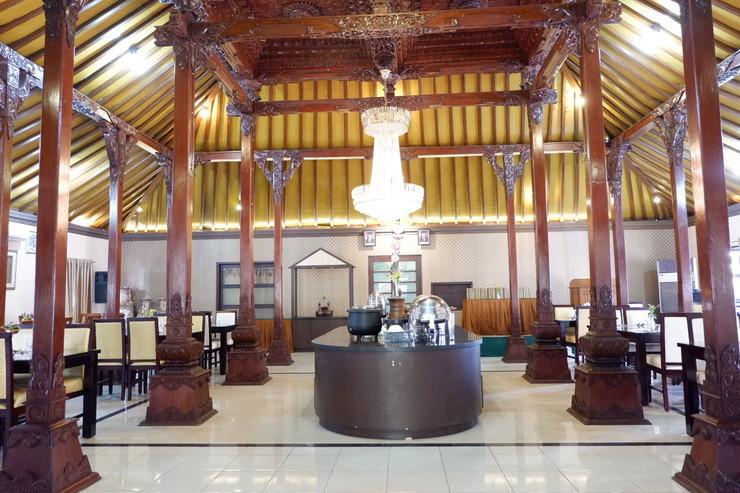 Ataya Hotel Solo - Interior